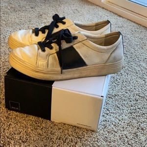 DOLCE VITA TAVINA SNEAKERS - BLACK AND WHITE